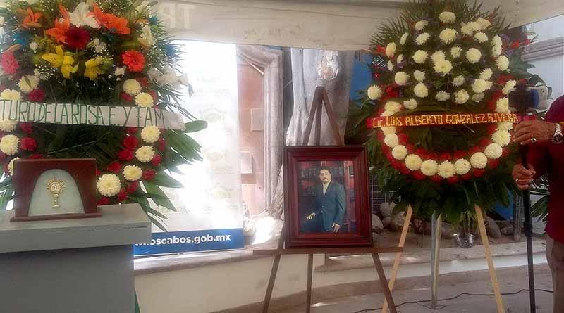 Rinde Ayuntamiento homenaje póstumo a ex regidor Trinidad Almanza