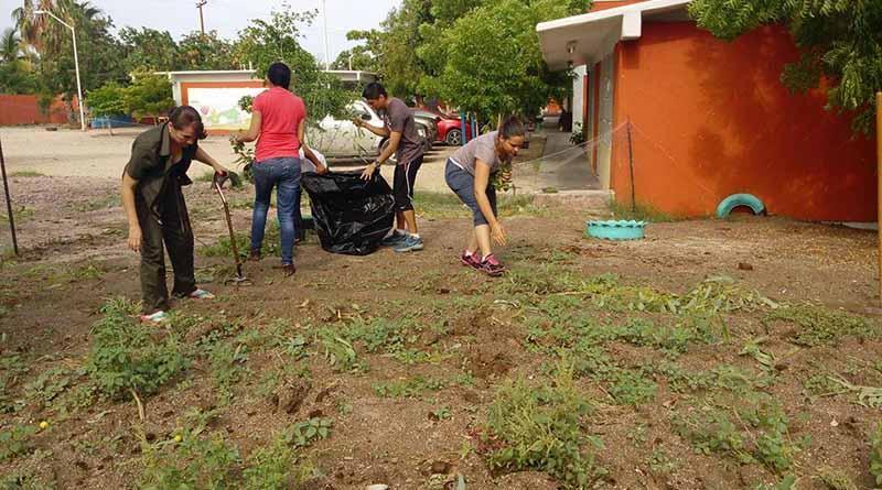 Servicios Públicos continúa con la limpieza de la Ciudad