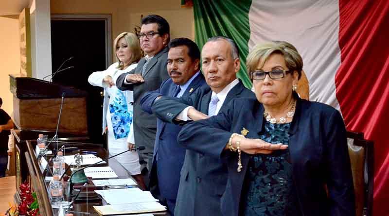 Ofrece Mesa Directiva del Congreso del Estado diálogo a Frente Nacional por la Familia
