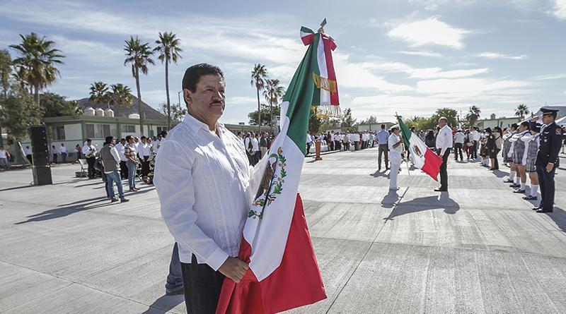 Ayuntamiento de La Paz, presente en actividades del mes patrio