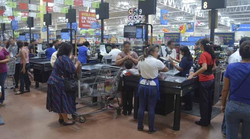 """Garantizado el suministro de abastos en tiendas comerciales ante contingencia por """"Newton"""" en Los Cabos"""