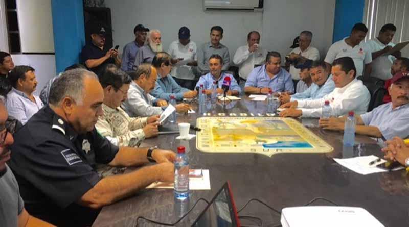 Encabeza alcalde Francisco Pelayo reunión de Protección Civil Municipal y exhorta a la ciudadanía a tomar precauciones