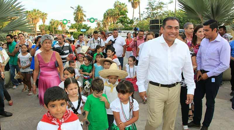 Inaugura Alcalde Arturo De la Rosa actividades alusivas al mes de septiembre