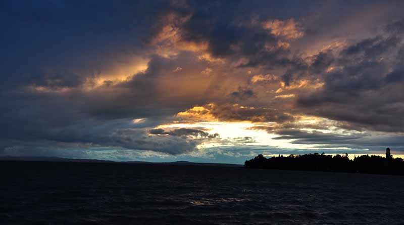 Prevén fuertes lluvias por Newton en estados del Pacífico