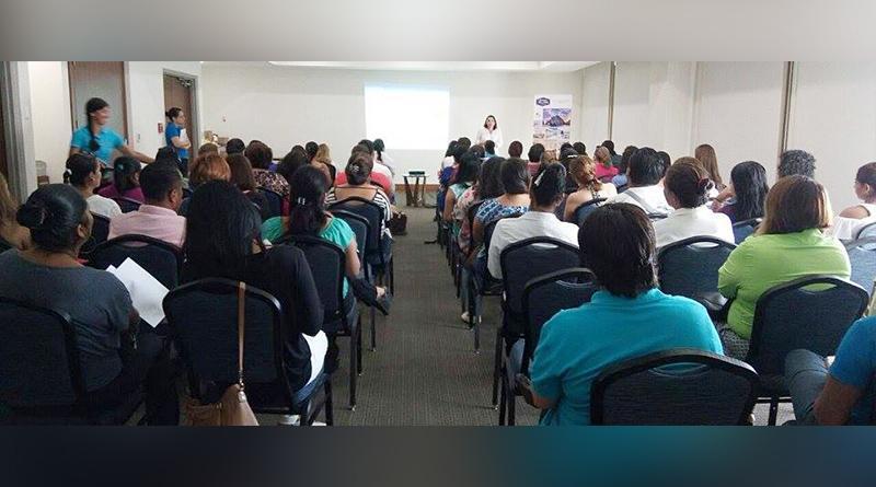 Participa coordinación de discapacidad en  conferencia nutricional para personas con Autismo y TDAH