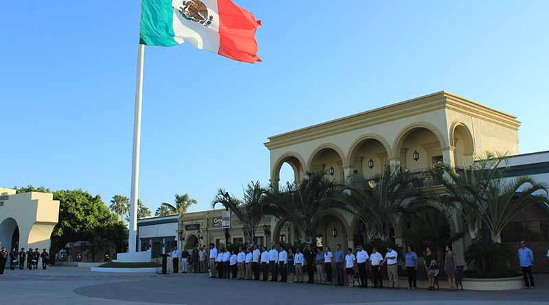Se conmemora el 63 aniversario del derecho al voto de la mujer en México
