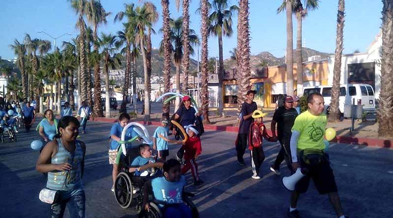 Realizan primera caminata por Día Internacional de Personas con Parálisis Cerebral