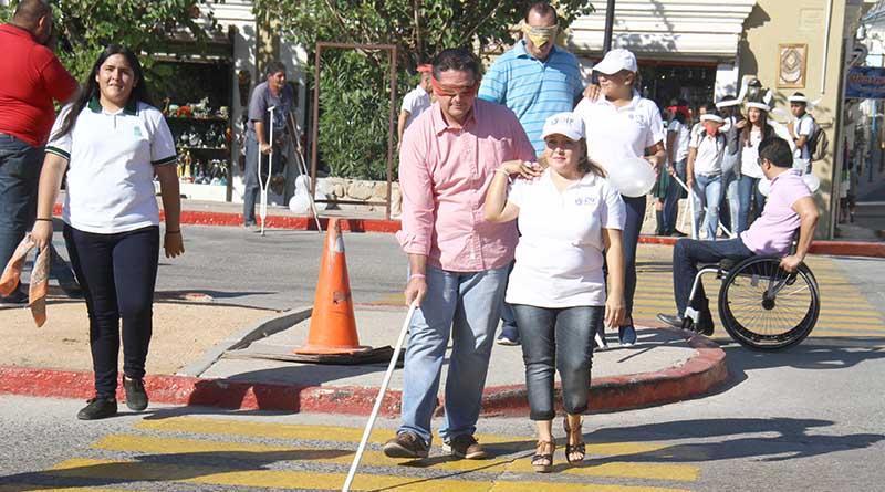 """Promueve DIF Los Cabos código """"bastón blanco"""" en la ciudadanía"""