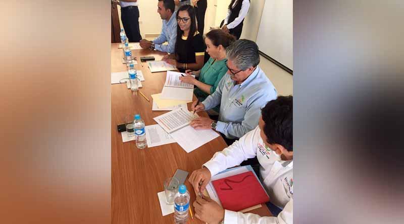 Firma convenio general de colaboración CECYTE de BCS y fundación QUESTRO A.C.