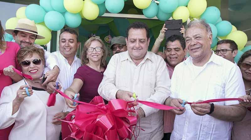 Educación, el mejor vehículo para una mejor sociedad: Carlos Mendoza