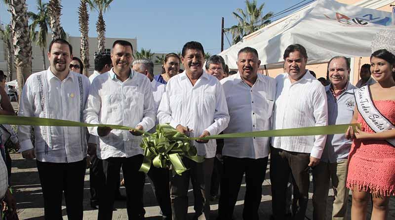 Alcalde de La Paz presente en la instalación temporal de la sede de los poderes en Todos Santos