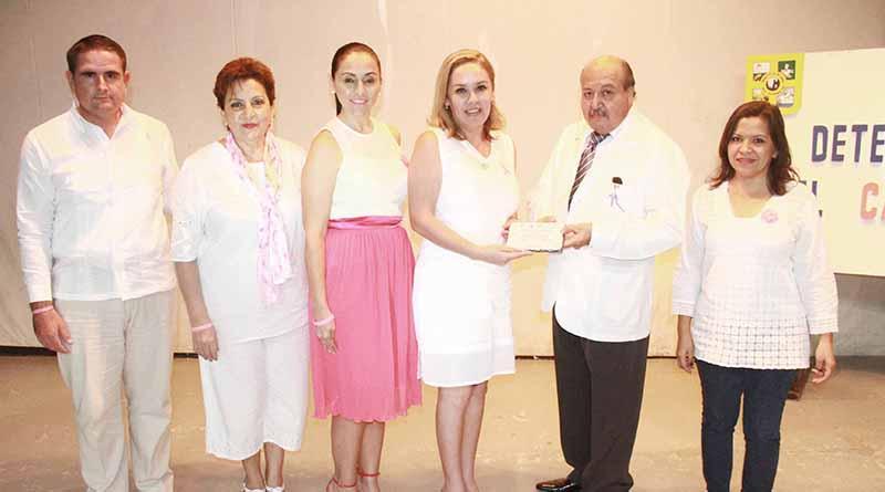 La autoexploración es piedra angular en la detección temprana del cáncer de mama; Vianey Núñez