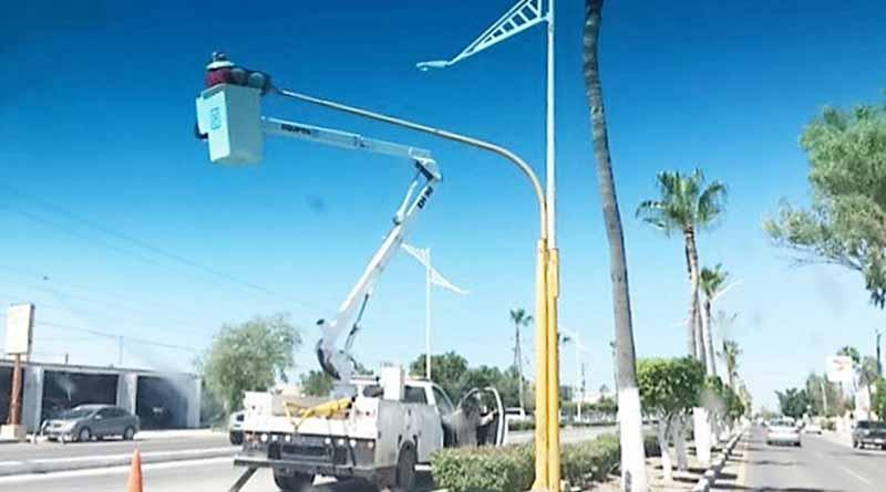 Avanza la Instalación de Lámparas Leed en el Municipio de Comondú