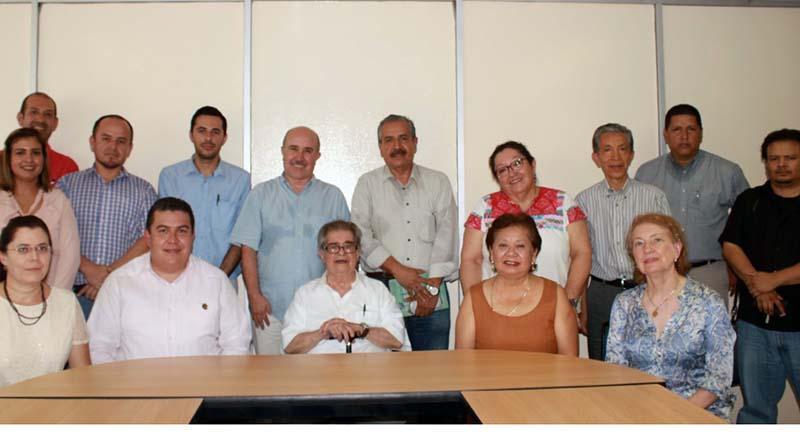El historiador León Portilla visita la UABCS; buscan formar Centro de Estudios Históricos Literarios