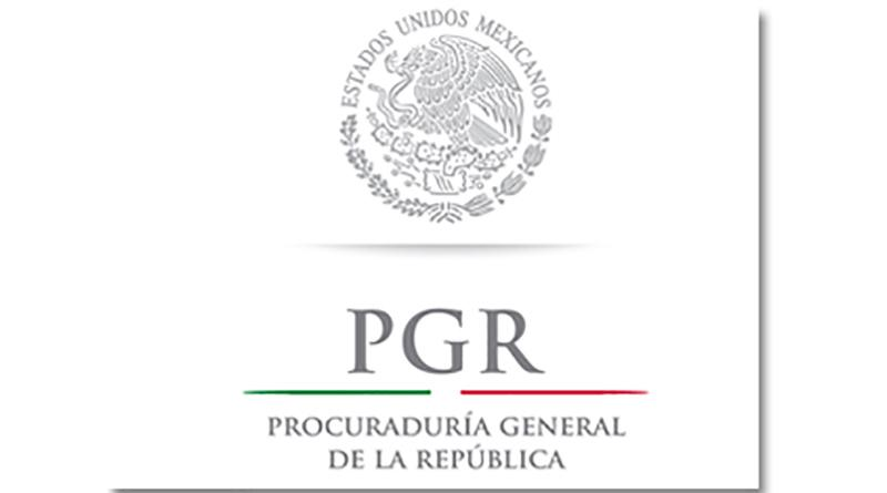 Ante PGR dos hombres y una mujer detenidos en posesión de droga en La Paz