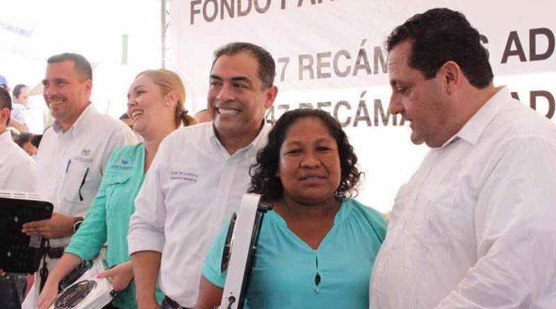 Entrega SEDESO parrillas eléctricas a 500 familias de Cabo San Lucas
