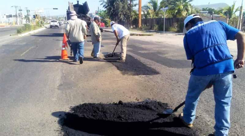 Continua SEPUIT trabajos de bacheo en La Paz