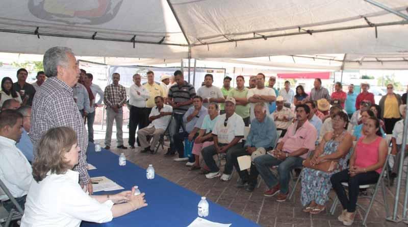 Realizan tianguis de proveedores para beneficiarios del Pesa 85