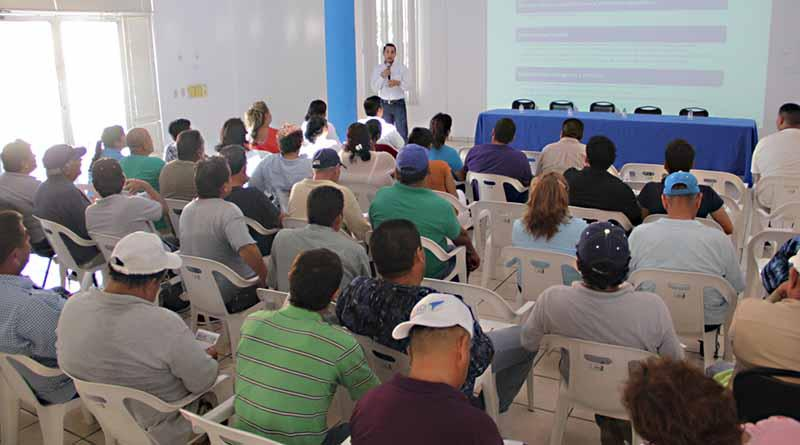 Imparten cursos en temas de salud para trabajadores del Ayuntamiento