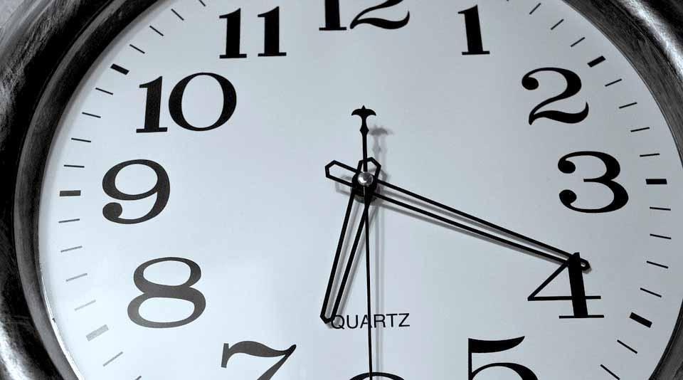 Este domingo termina el Horario de Verano; atrase una hora su reloj