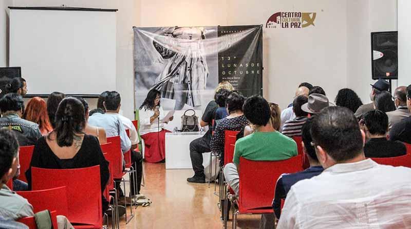 """""""Lunas de Octubre"""" reunió a la comunidad literaria de BCS"""