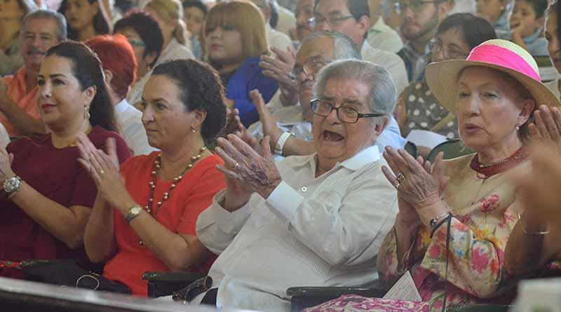 Rinde el Congreso del Estado homenaje al Doctor Miguel León Portilla
