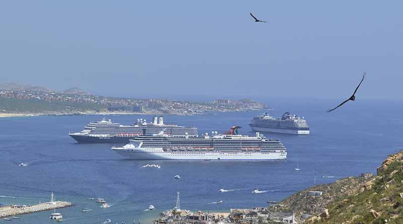 Triple arribo de crucero anuncia la temporada alta en Los Cabos