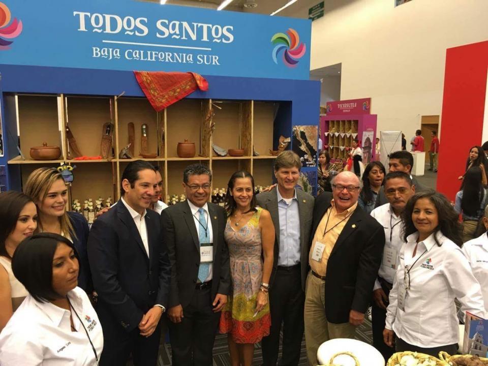 """SECTUR promueve loreto y todos santos en la """"III Feria Nacional de Pueblos Mágicos 2016"""""""