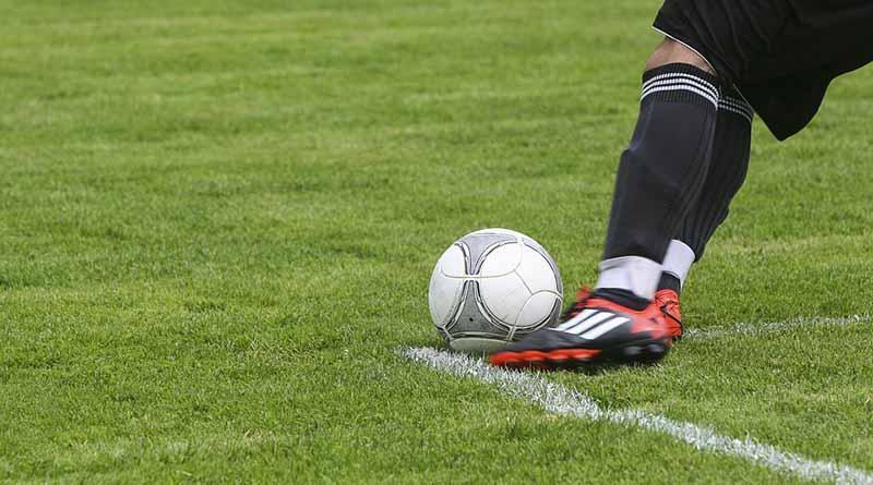 Portero Guillermo Ochoa busca revancha contra Sporting Gijón