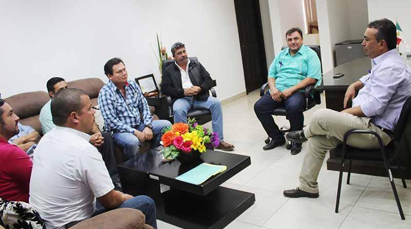 Cancha de Frontenis Completa Anuncia Alcalde Francisco Pelayo
