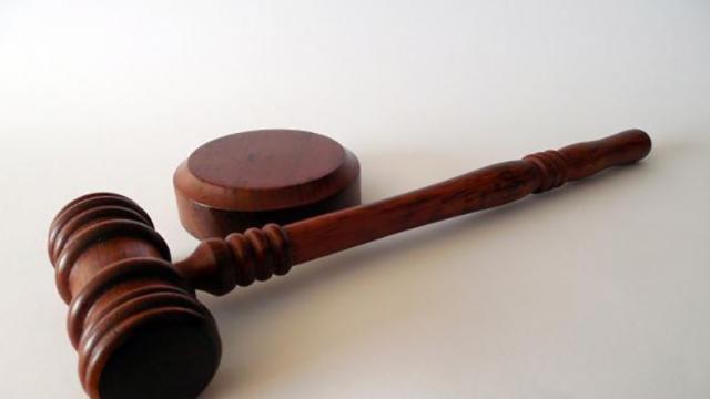 Logra PGJE fallo condenatorio de 3 años 4 meses por robo con violencia moral contra imputado en La Paz