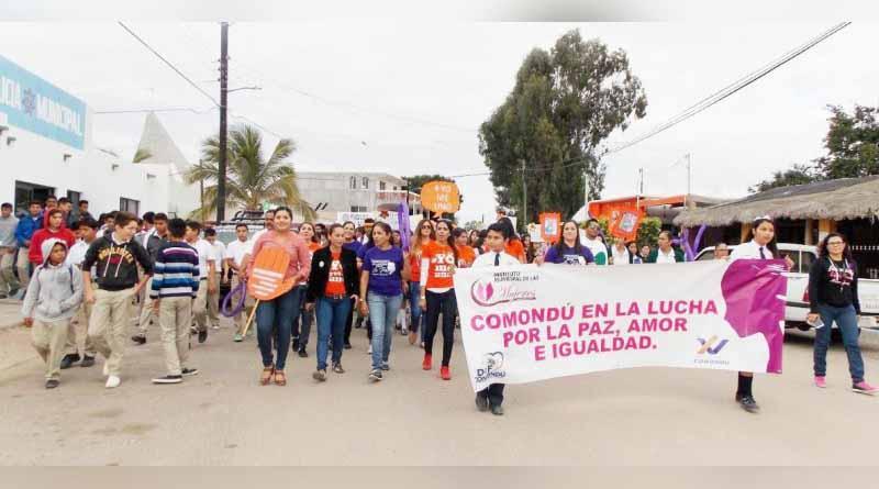 Con Marcha Concluyen Actividades por el Día Internacional de la No Violencia contra las mujeres y las Niñas