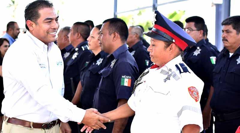 Cuenta Los Cabos con los policías mejor pagados del país: Arturo de la Rosa