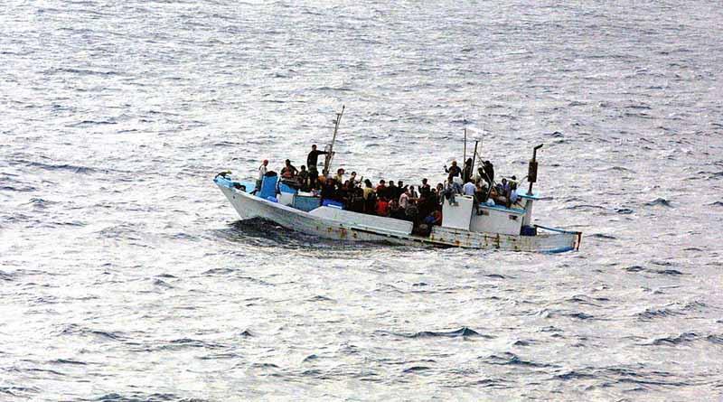 Decenas de desaparecidos tras naufragio en Canal de Sicilia