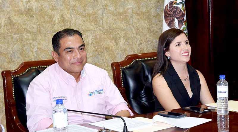 Hay avances en el municipio porque contamos con un buen líder como Presidente Municipal: Síndca