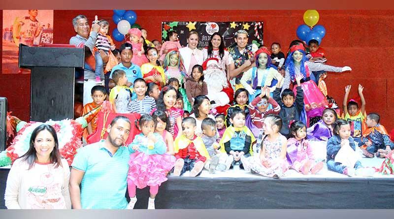 DIF Los Cabos y corazón de niño festejan a 50 niños con una Posada Navideña