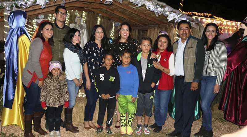 Jardín navideño en ISIFE espacio de tradición y sano esparcimiento familiar: SEP