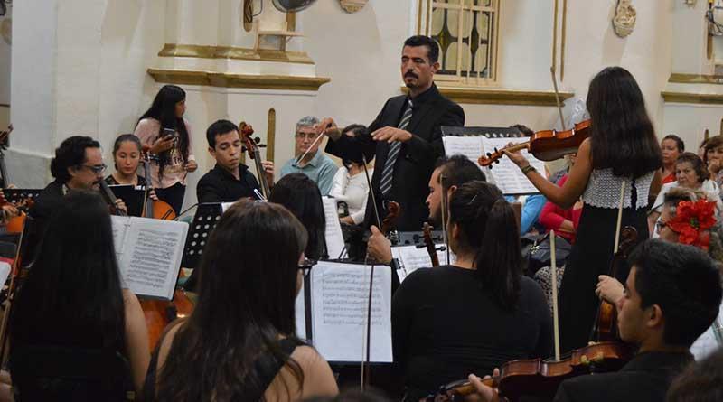 Orquesta Juvenil de Los Cabos ofrece emotivo concierto navideño en Misión de SJC