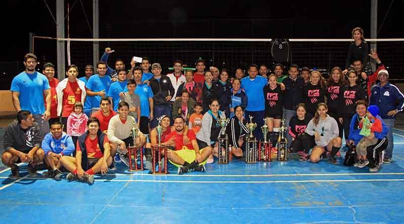 "Celebra Instituto del Deporte ""Primer Torneo Libre de Voleibol de Piso 2016"""