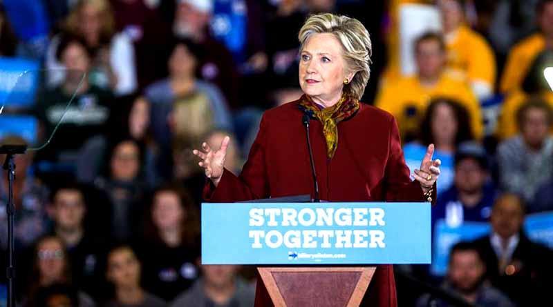 Atribuye Clinton su derrota a supuesto hackeo ruso y a director de FBI