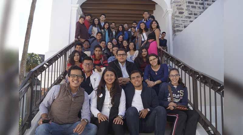 ISJ realiza casting Poder Joven Radio, Televisión e Internet en La Paz