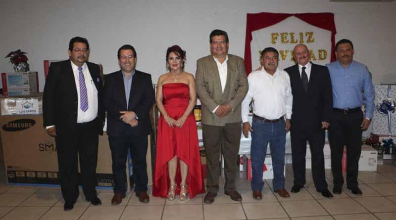 Reconoce gobierno del estado labor de los medios de comunicación en BCS: Esteban Beltrán Cota