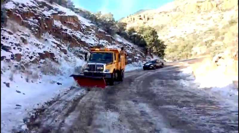 Cerradas, autopistas en Sonora y Baja California por nevadas