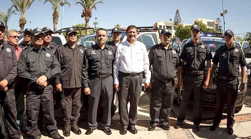 Confirma alcalde de La Paz depuración de seis comandantes por no acreditar exámenes de control y confianza