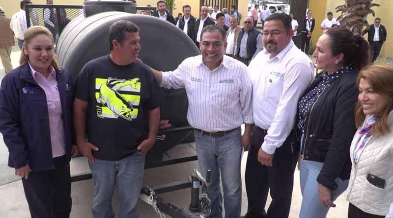 Entrega Alcalde Arturo De La Rosa beneficios a comunidades rurales de la zona norte