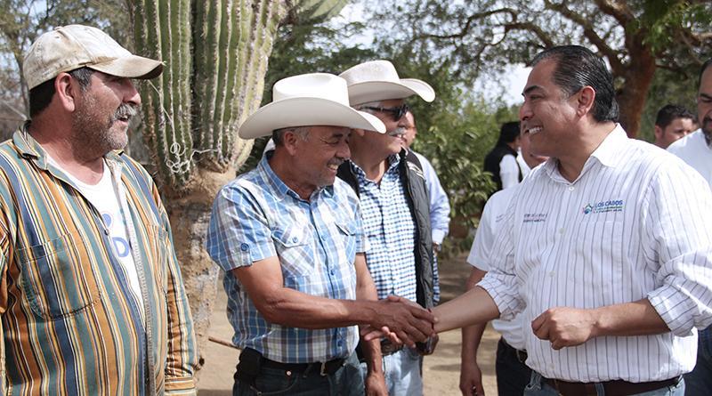 Cumple alcalde compromiso con las comunidades de la zona norte