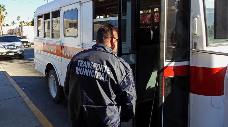 Implementa seguridad pública de Los Cabos operativo antiporalizado al transporte público