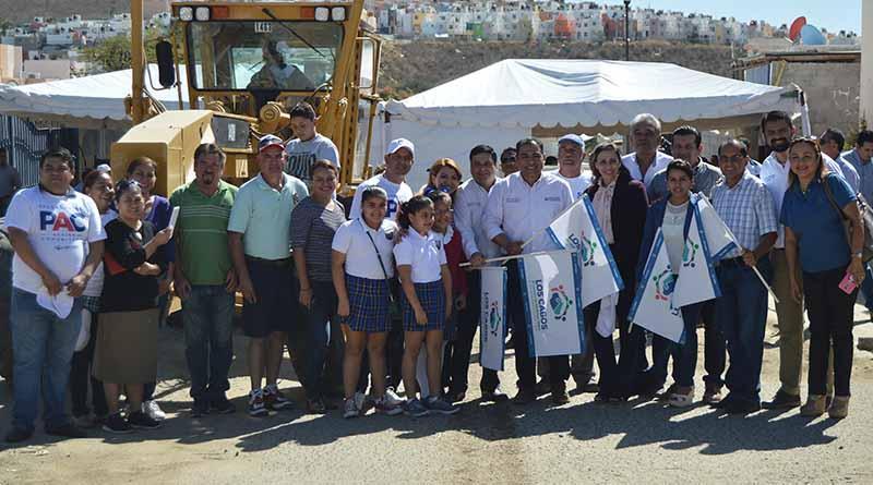 Con el plan municipal de pavimentación se proyectan obras integrales a largo plazo: Arturo de la Rosa