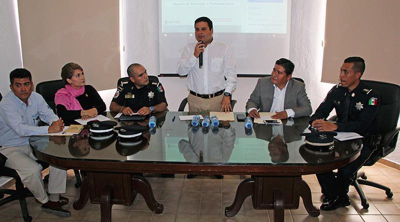 Conjugan esfuerzos gobierno de Los Cabos, SEP y gendarmería en beneficio de los estudiantes