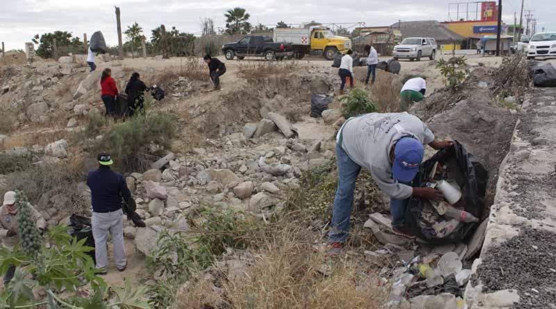 Con jornada de limpieza celebran día nacional de la educación ambiental